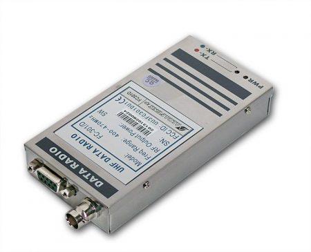 FC-301D UHF adatrádió (kifutott, nem rendelhető) Helyettesítő típus: FC302