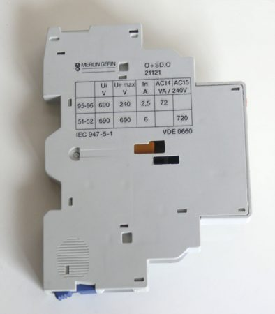 Merlin-Gerin 21121 O+SD.O  P25M hibakioldás-jelző segédkontaktus