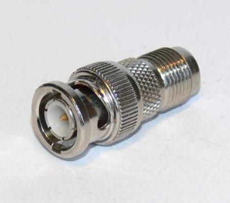BNC dugó - UHF aljzat átalakító