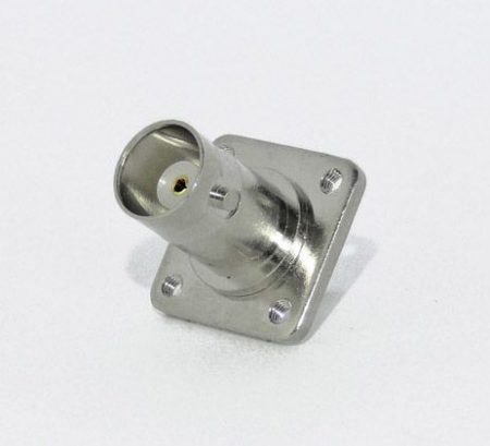 BNC aljzat karimás, rögzíthető (4 x 3mm)