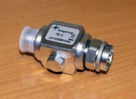 Telegartner túlfeszültség levezető (villámvédő) J01028A0032 /75V 1 T