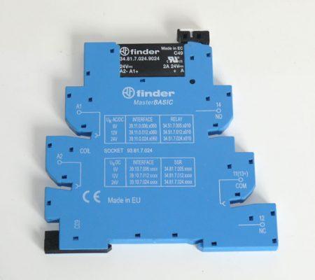 Finder 34.81.7.024.9024 relé, foglalattal együtt (DIN sín, 35mm)